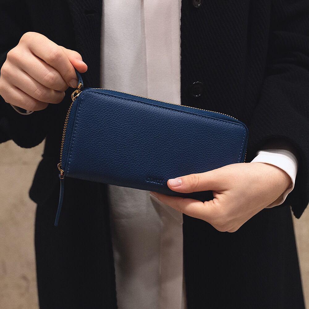 Portafoglio da donna a doppia zip di Gianfranco Corti, color blu oceano